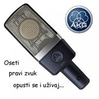AKG D 77 XLR