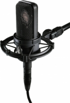 Kardioidni kondenzatorski mikrofon sa shock mount-om Audio-Technica AT4040